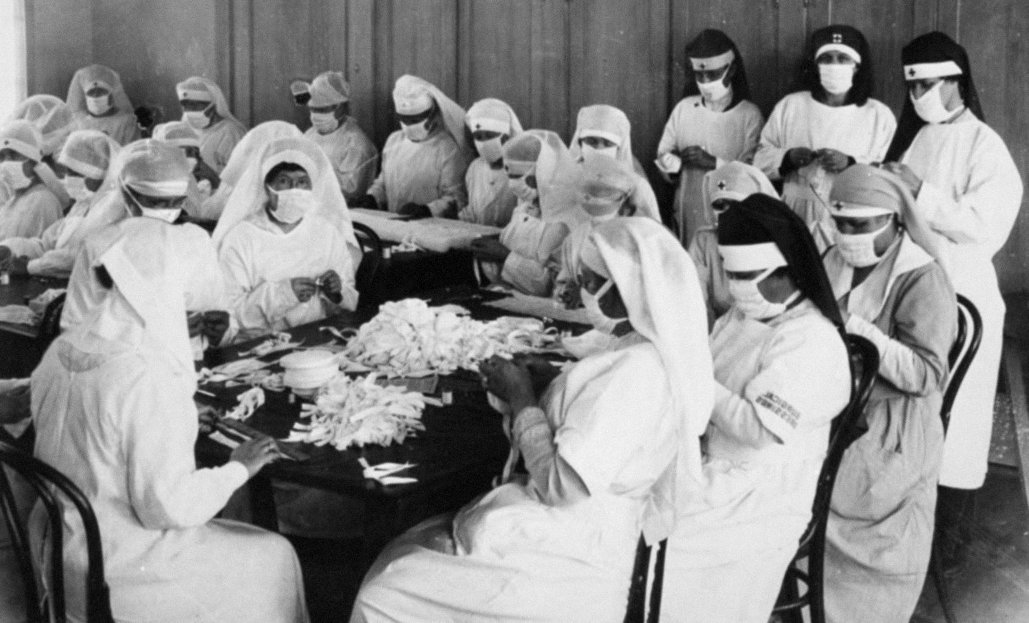 Volunteer caregivers from The American red cross during flu epidemic in 1918.